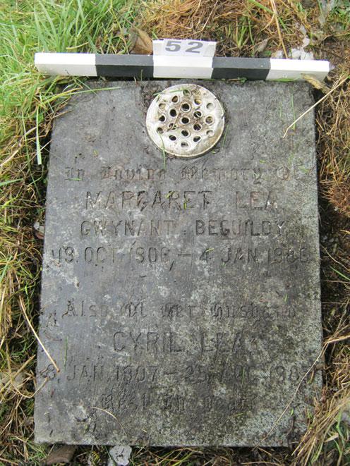 Flat grave stone