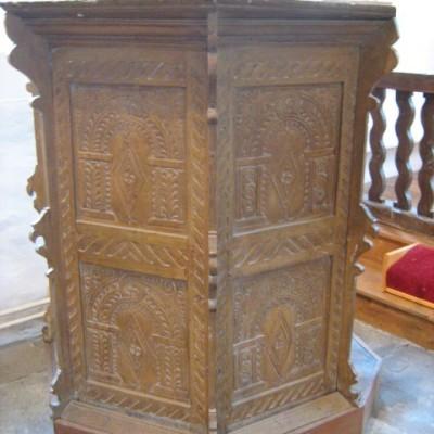 Jacobean pulpit